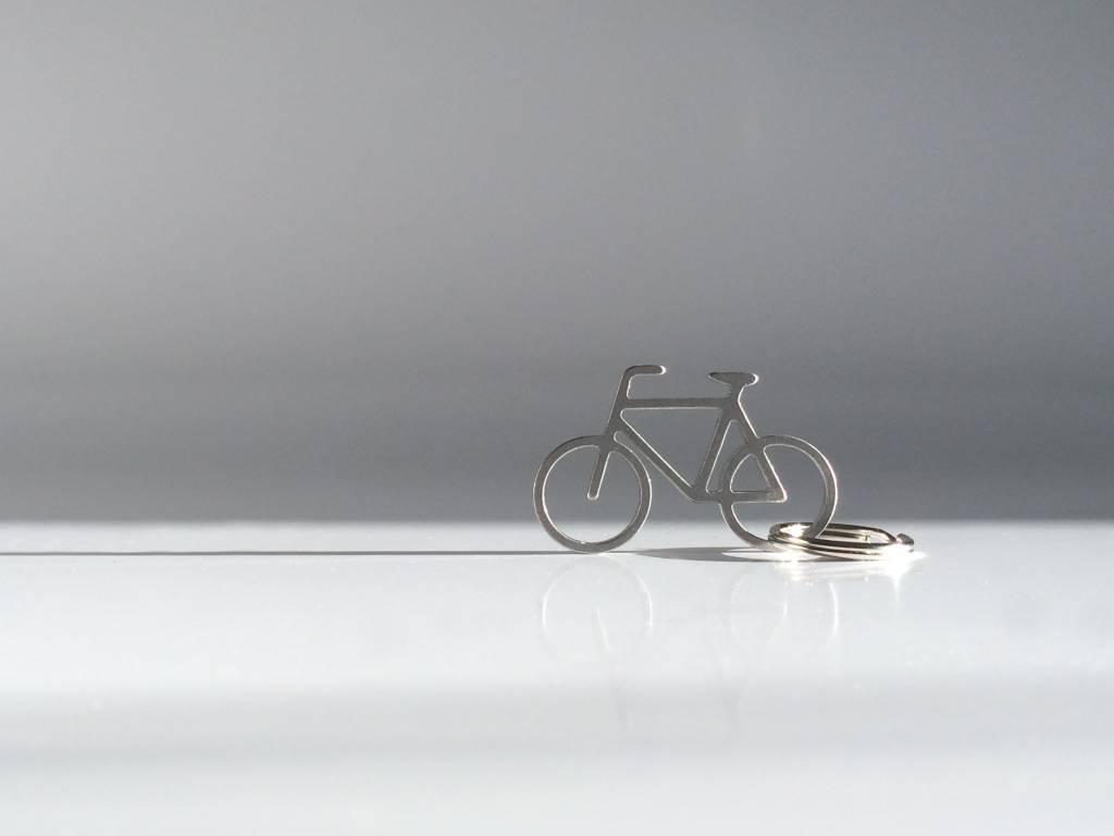 mo man tai bike keychain