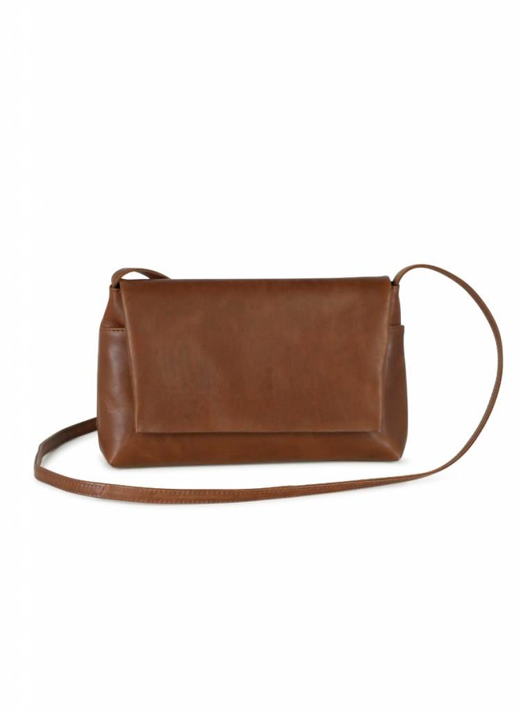 markberg pippa crossbody shoulder bag chestnut brown