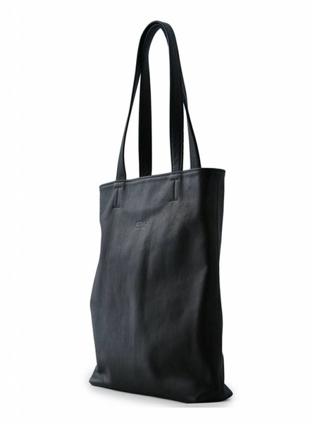 saskia thomson shopper black