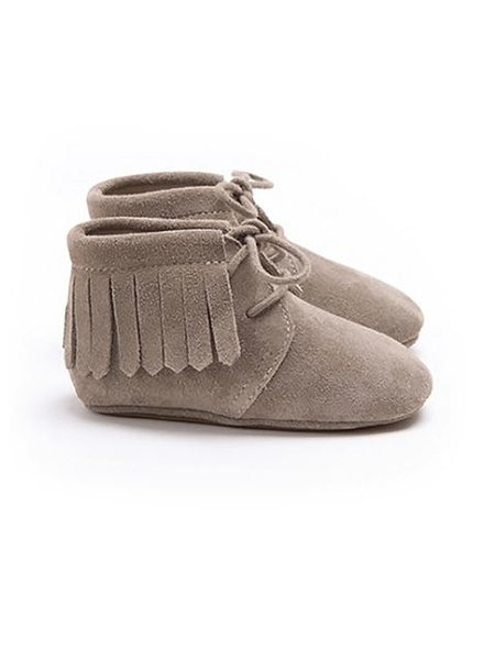 Mockies Boots Suede Fringe Taupe