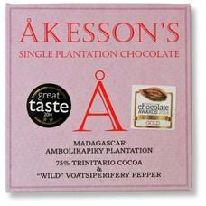 Akesson's Dunkle Schokolade 75% Wild Voatsiperifery Pepper