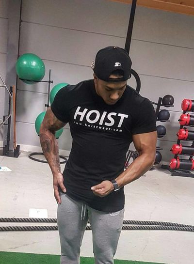 Hoistwear Team Hoist Curved Black Tshirt