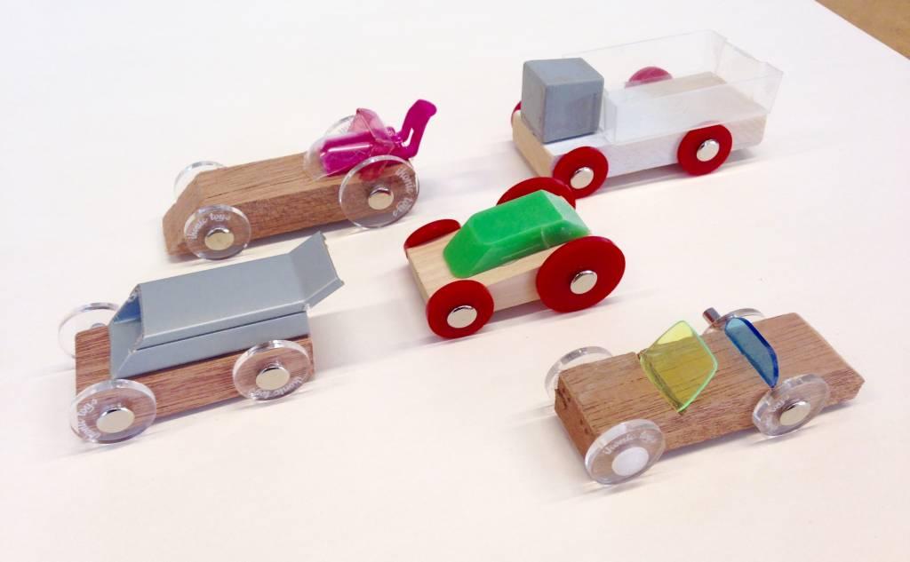 Workshop Ikonic Toys houten speelgoed op de Negenmaandenbeurs