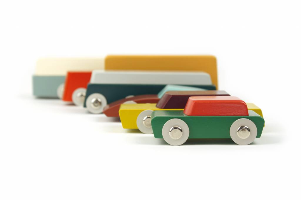 Now on Kickstarter: Duotone Serie, Dutch Design Wood Toy Cars by Floris Hovers