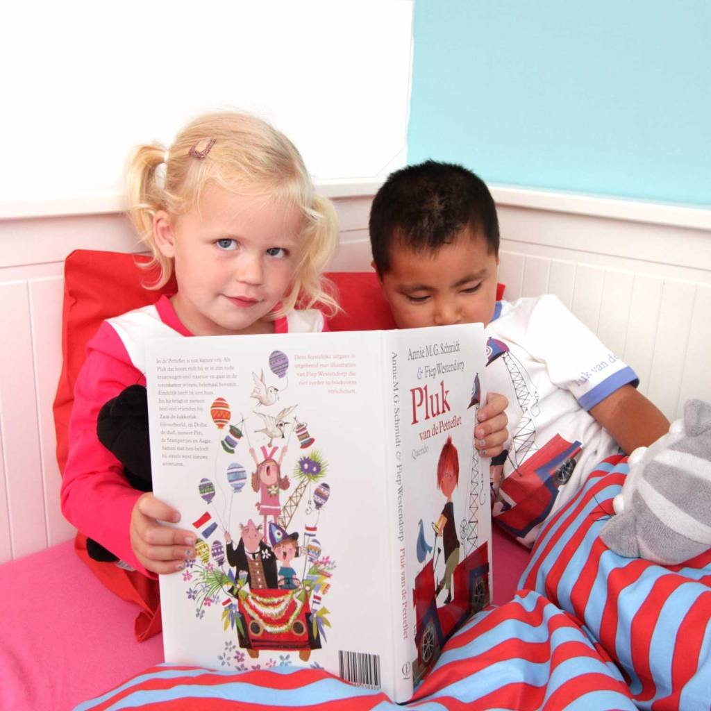 Fiep Amsterdam BV Girls' Pyjamas 'The Red Tow Truck'