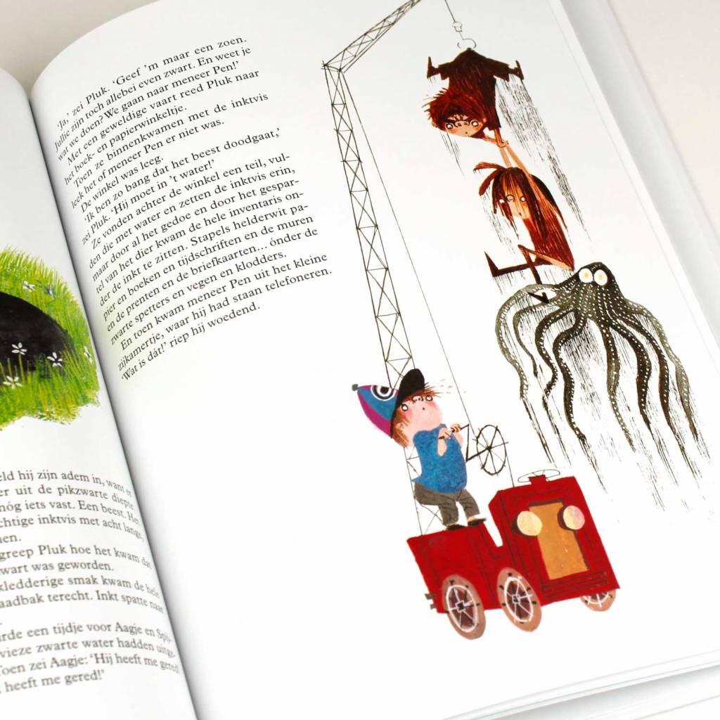 Querido Pluk redt de dieren (book in Dutch) - Annie M.G. Schmidt and Fiep Westendorp