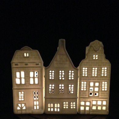 &K Tea Light Holder Canal House Gable