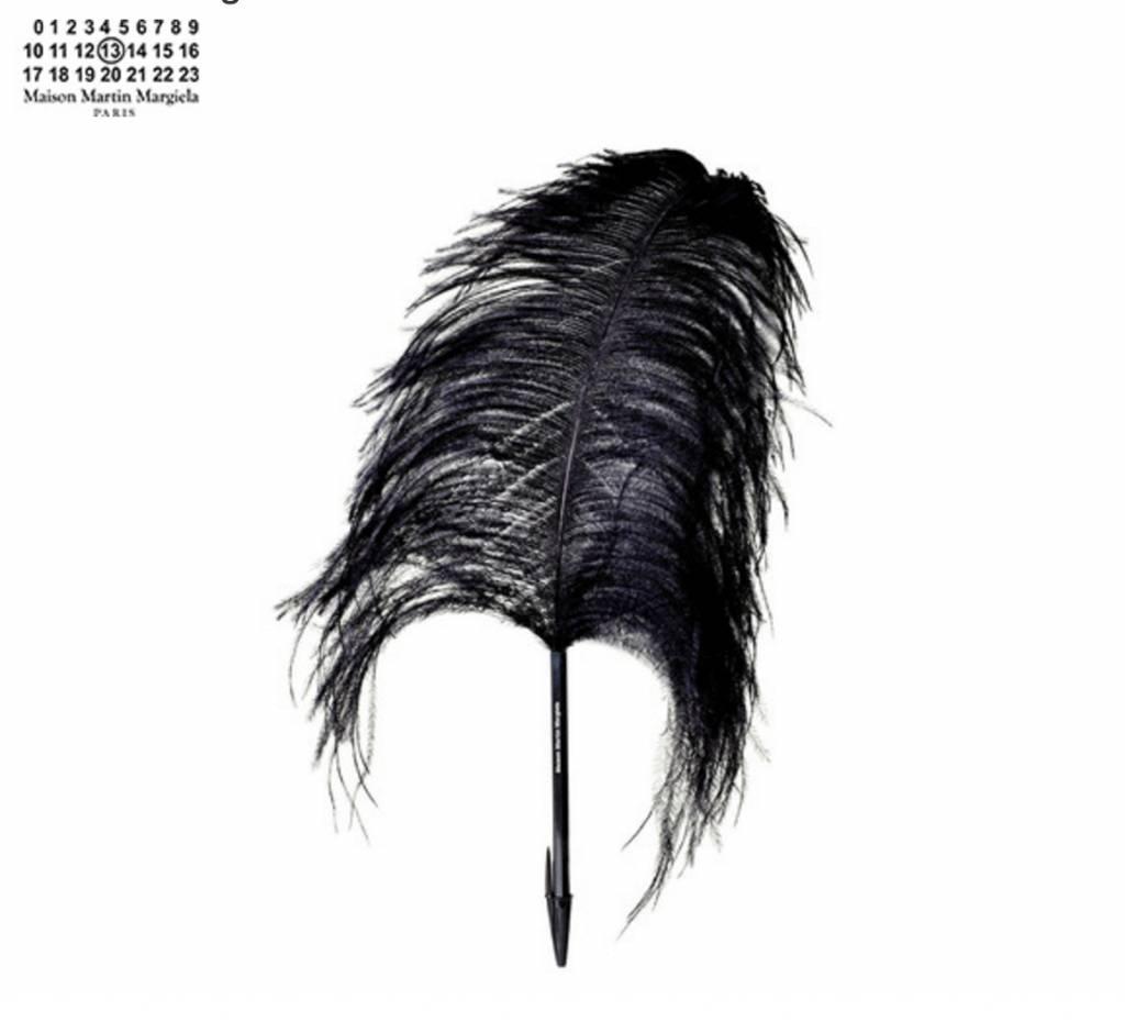 Maison Margiela Pen met Veer / Struisvogel - Zwart