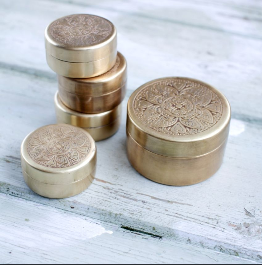 Nkuku Brass Round Box (S,L)