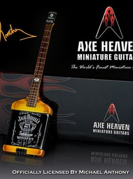 Hal Leonard Axe Heaven miniatuur gitaar | Mad Anthony Jack Daniels Electric Bass Model
