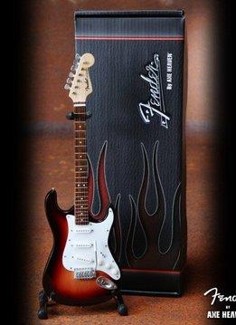 Axe Heaven Axe Heaven miniatuur gitaar | Classic Sunburst Fender™ Strat™ Guitar