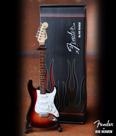 Axe Heaven Axe Heaven miniatuur gitaar   Classic Sunburst Fender™ Strat™ Guitar