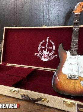 Axe Heaven Axe Heaven Complete Set: FENDER ™ Mini 60 Anniversary Strat Gitaarkoffer + Classic Sunburst Stratocaster