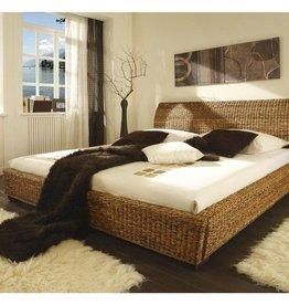 Bananenblatt Bett 180