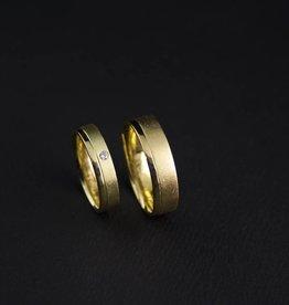 MARGRIET JEWELS Gouden trouwringen RONDOM