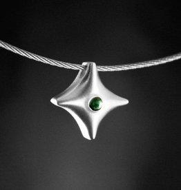 MARGRIET JEWELS Zilveren ashanger TWINKEL - Smaragd