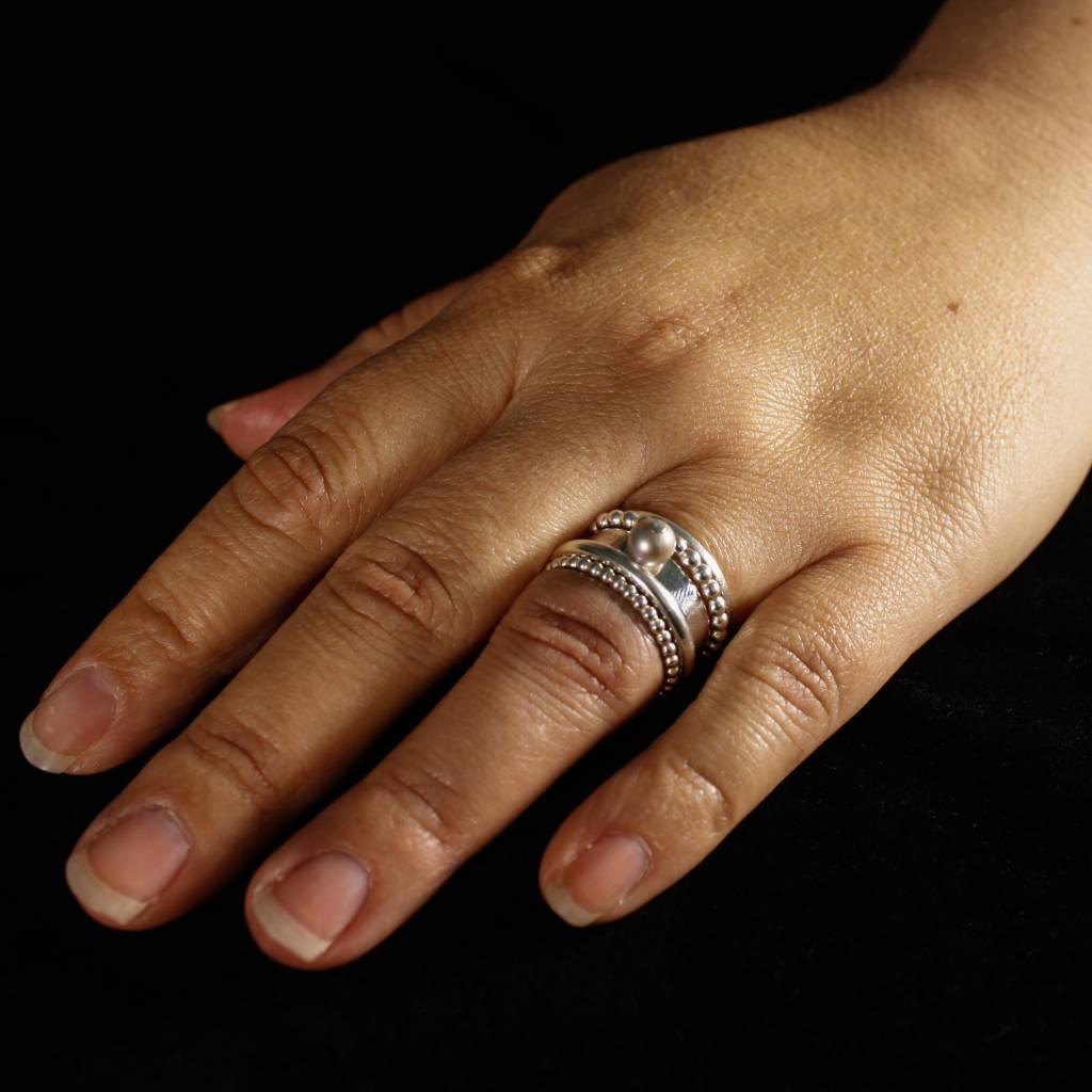 MARGRIET JEWELS Zilveren damesring PAREL - Grijs