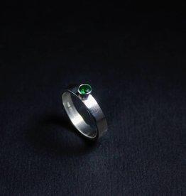 MARGRIET JEWELS Zilveren damesring WARE LIEFDE - Smaragd