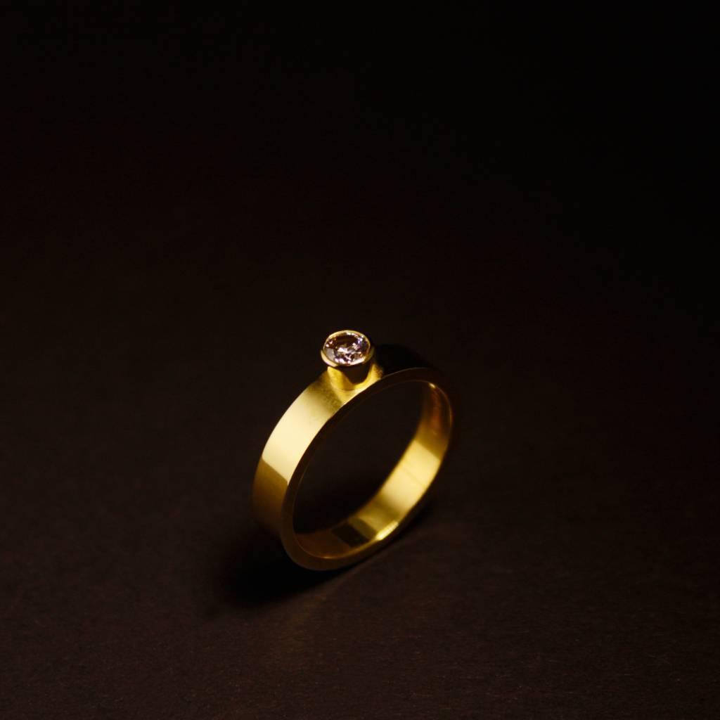 MARGRIET JEWELS Gouden damesring WARE LIEFDE - Moissanite