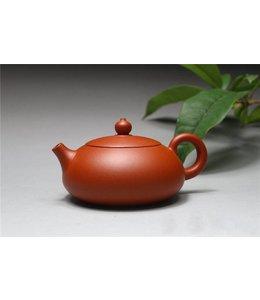 Yixing Pian Xishi Zhuni tea pot (140 cc, globe screen)