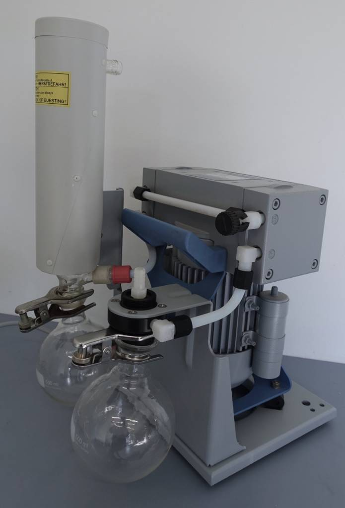 Vacuubrand Vacuubrand Chemie-Vakuumsystem MZ 2C +AK+EK