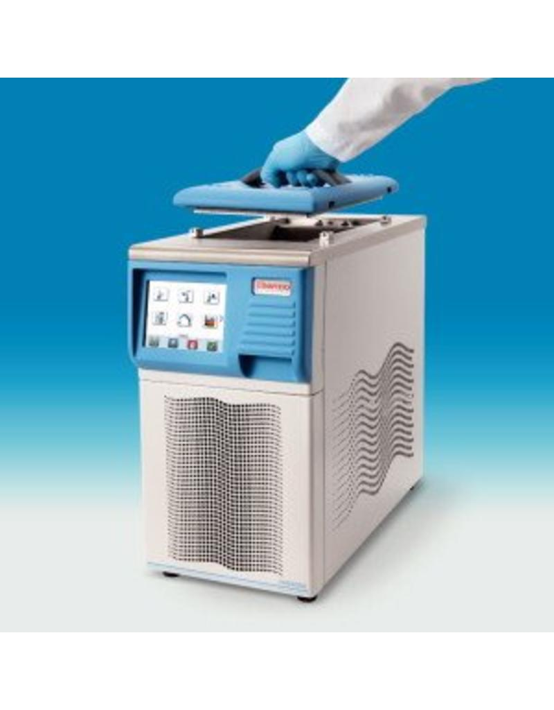 Thermo Scientific Thermo VersaCool 7 Refrigerated Circulation Thermostat