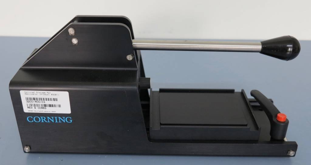Corning Corning 3081 96-Well Plate/Block Storage Mat Applicator