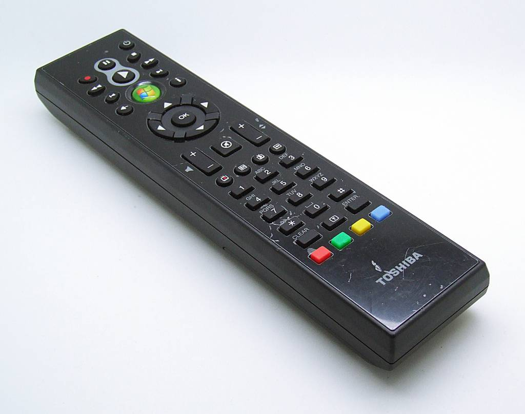 Toshiba Original Toshiba Fernbedienung G83C0008A110 RC6iR Multi Media