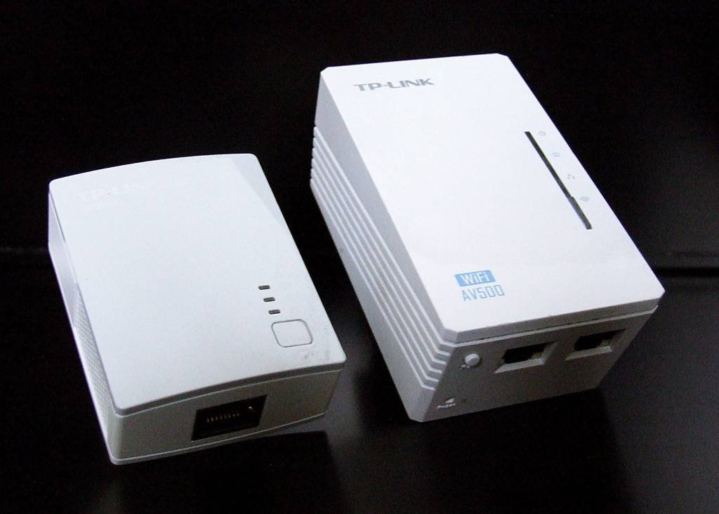 tp link tl wpa4220kit av500 wifi wlan powerline adapter onlineshop for remote controls. Black Bedroom Furniture Sets. Home Design Ideas