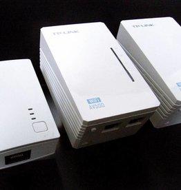TP-LINK TL-WPA4220TKit AV500 WIFI WLAN Powerline Adapter Netzwerkadapter 3-Set