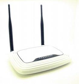 TP-Link TL-WR841N WLAN-Router (300 Mbps, 4-Ethernet-Port)