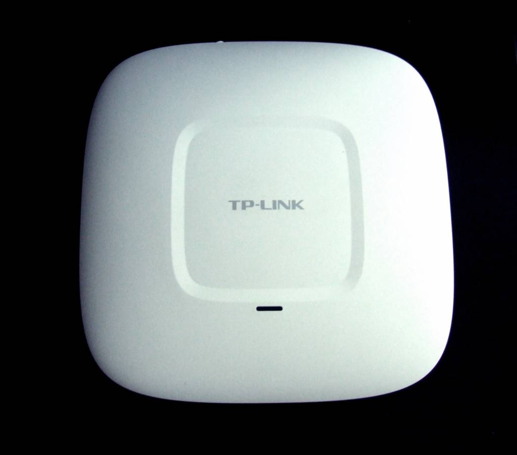 TP-Link  TP-Link EAP220 WLAN PoE Access Point zur Deckenmontage