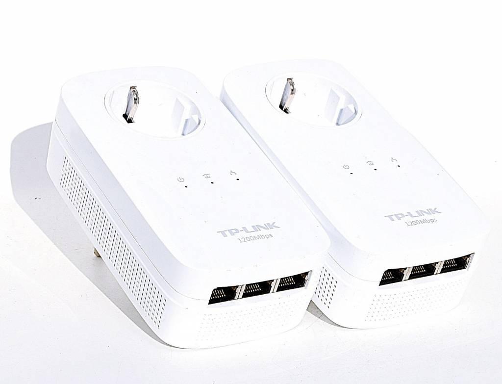TP-Link TP-LINK TL-PA8030P KIT AV1200 Gigabit Powerline Adapter