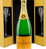 Veuve Clicquot Ponsardin Veuve Clicquot Ponsardin Brut Luxe coffret + 2 flutes 75CL