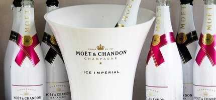 De lekkerste champagnes voor in de zomer dat zijn...