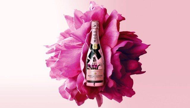 Moët & Chandon Moët & Chandon Rosé Imperial 75CL Unconventional Love Sleeve