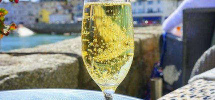 Champagne ontkurken doe je zo! 3 Tips & Tricks
