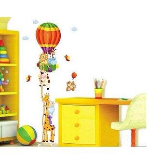 Muursticker groeimeter luchtballon met allerlei dieren