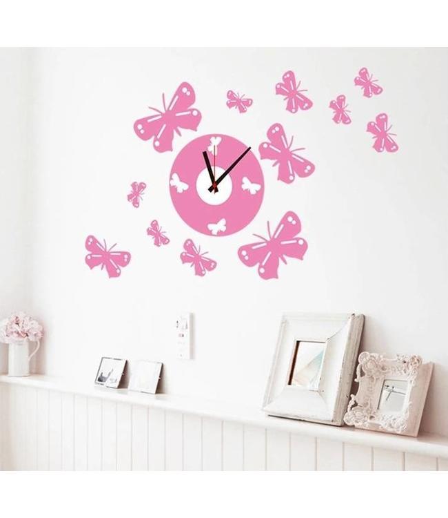 Muursticker klok met roze vlinders