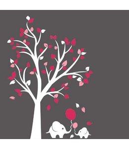 Muursticker witte boom met roze blaadjes en olifantjes