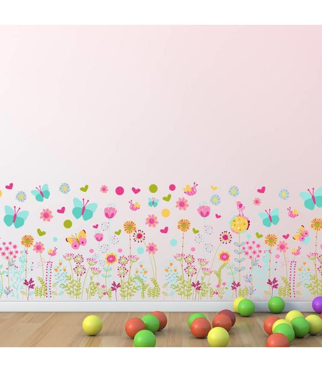 Muursticker kleurrijke bloemen en vlinders
