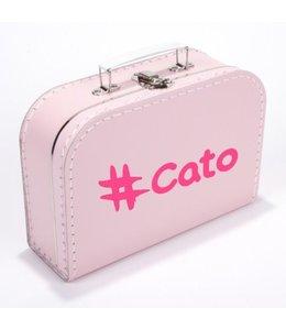 Kinderkoffertje met naam hashtag