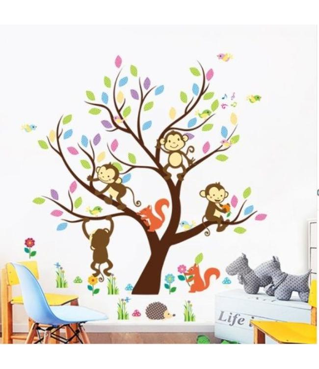 Muursticker boom met aapjes en andere dieren