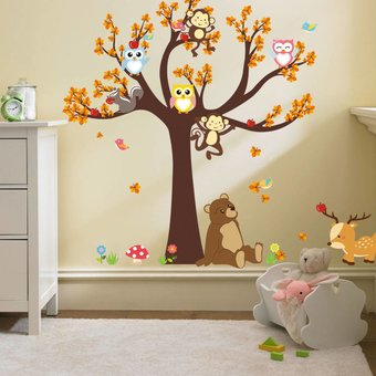 Muursticker boom met uiltjes, aapjes en andere dieren