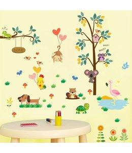 Muursticker boom en tak met diertjes