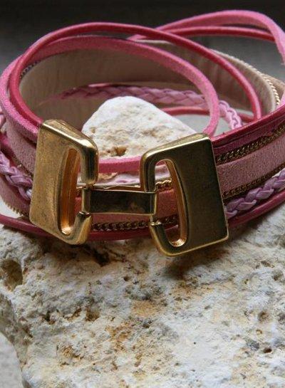 HanneHaves Stoere leren wikkel armband in roze met gouden sluiting