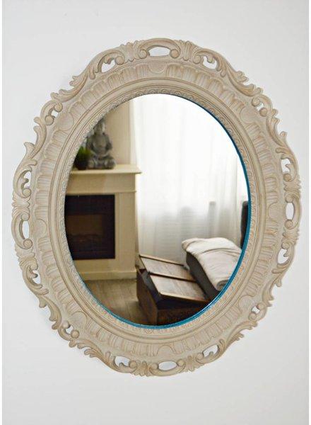 Curious Project Woonaccessoires: Spiegel met sierlijst