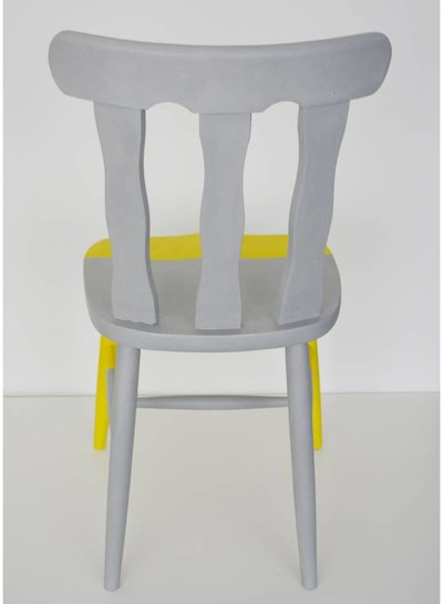 Curious Project Zitmeubelen: Diped Dyed Chair