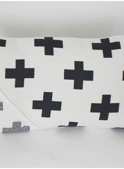 Curious Project Woonaccessoires:Kussenhoes cross uniek, black and white