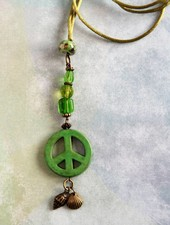 HanneHaves Ibiza ketting  Green Peace Shell